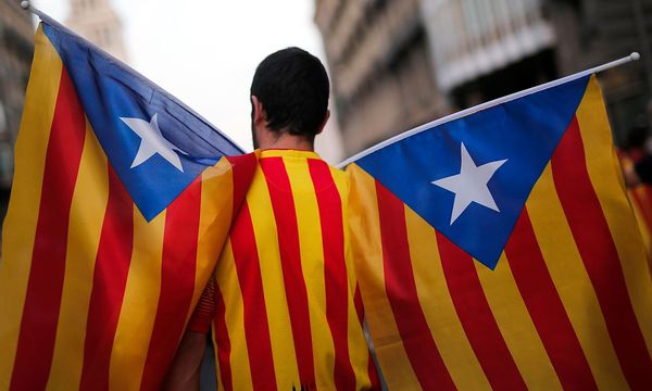 Katalanische Unabhängigkeitsverfechter. / Bild: APA/AFP/PAU BARRENA