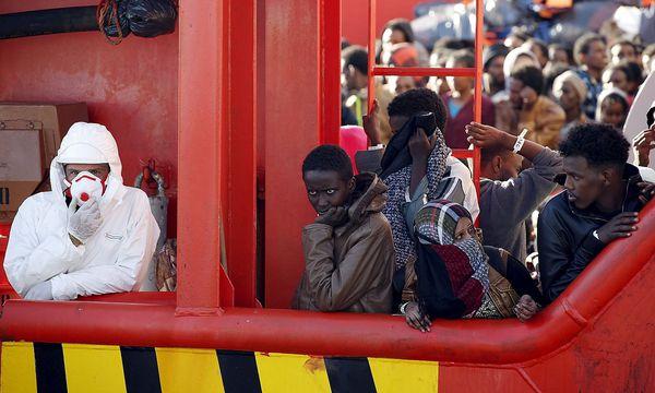 Rettung von Flüchtlingen im Mittelmeer / Bild: (c) REUTERS (ANTONIO PARRINELLO)