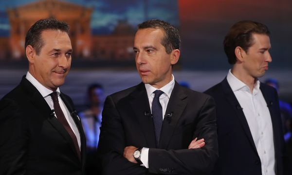 FPOe top candidate Strache, SPOe top candidate Kern, OeVP top candidate Kurz and Green party top candidate Lunacek prepare for a TV discussion in Vienna / Bild: (c) REUTERS (LEONHARD FOEGER)