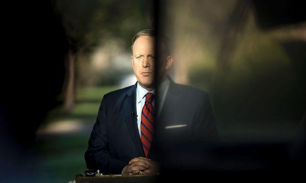 Sean Spicer / Bild: APA/AFP (BRENDAN SMIALOWSKI)