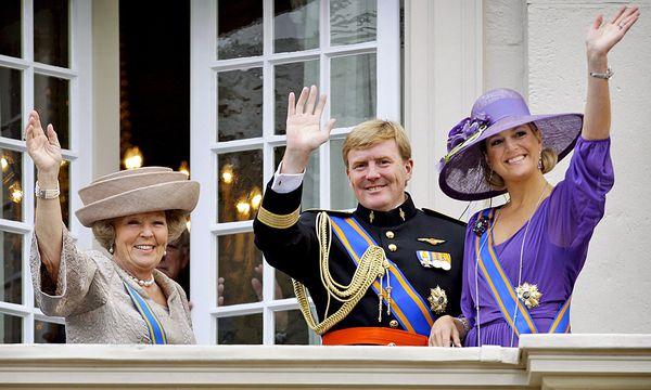 Königin Beatrix, Kronprinz Willem Alexander, Prinzessin Maxima. / Bild: (c) EPA (KOEN VAN WEEL)