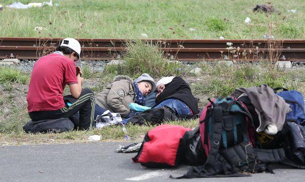 Archivaufnahme: Flüchtlinge beim Grenzübergang Heiligenkreuz / Bild: (c) Stanislav Jenis (Presse)