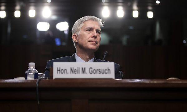 Neil Gorsuch bei seiner Anhörung im Senat. / Bild: (c) AFP (GETTY IMAGES/Drew Angere)