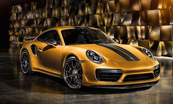(c) Beigestellt Das Auto zum Chronografen: Die Porsche 911 Turbo S  Exclusive Series ist in       9,6 Sekunden von null  auf 200 km/h.
