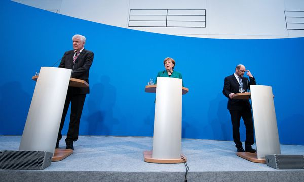 Der Koalitionsvertrag steht. / Bild: APA/dpa/Bernd von Jutrczenka
