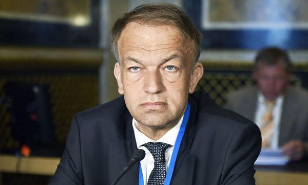 Meinhard Lukas vor dem U-Ausschuss. / Bild: (c) APA (Hans Punz)