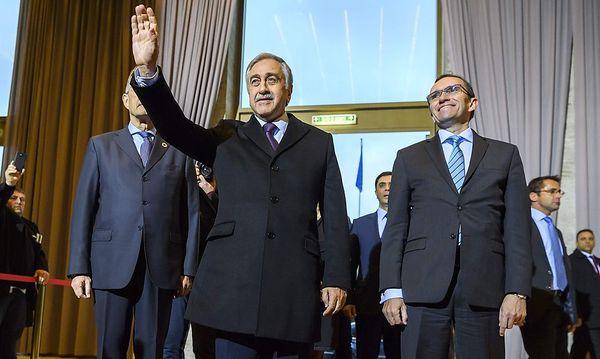 Der türkisch-zypriotische Führer zu Auftakt der Gespräche. / Bild: APA/AFP/FABRICE COFFRINI
