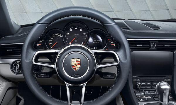 Auch der neue Porsche 911 Carrera hat das Zünschloss links. / Bild: Porsche