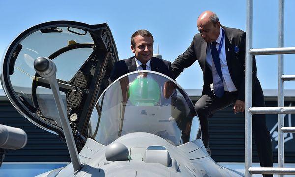 Emmanuel Macron hat seine Macht im Parlament abgesichert. / Bild: APA/AFP/CHRISTOPHE ARCHAMBAULT