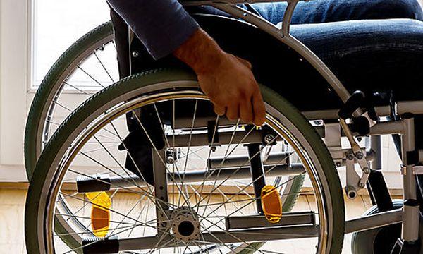 Mann im Rollstuhl / Bild: (c) Erwin Wodicka