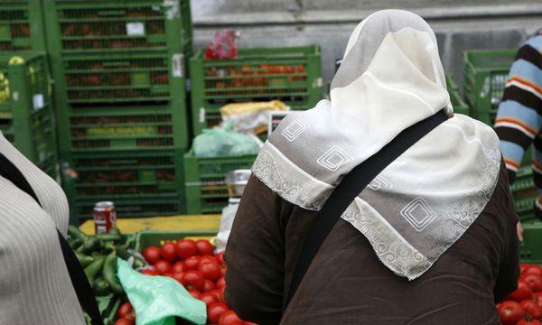 Symbolbild muslimische Frau mit Kopftuch / Bild: Teresa ZÖTL