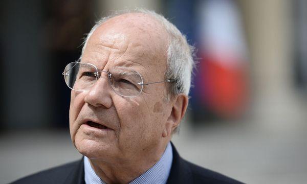 Der Milliardär an Fillons Seite: Marc Ladreit de Lacharriere / Bild: AFP (STEPHANE DE SAKUTIN)