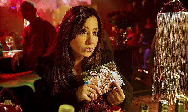Kommissarin Eva Saalfeld (Simone Thomalla) sucht in der Single-Szene nach einem Fesselmörder. / Bild: ORF