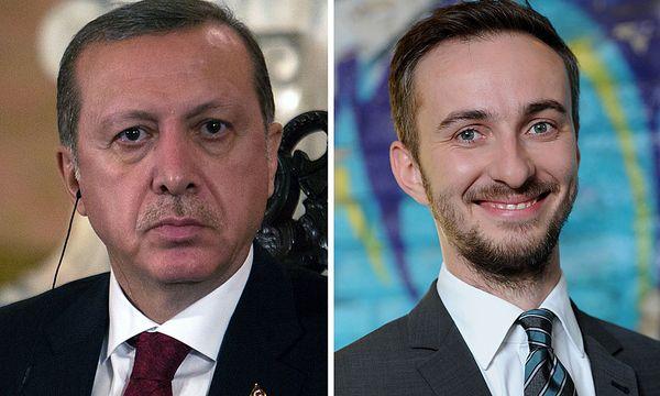 Erdogan und Böhmermann / Bild: (c) APA/AFP (SEBASTIAN CASTANEDA)