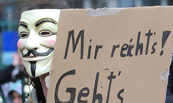 Vorratsdaten: Freude über VfGH-Fragen an EuGH / Bild: APA/HERBERT PFARRHOFER