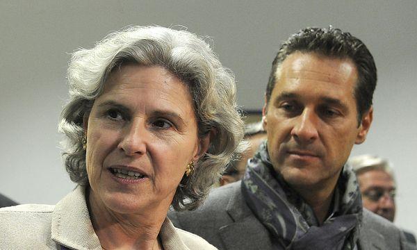 Barbara Rosenhkranz und Heinz-Christian Strache / Bild: APA/HERBERT PFARRHOFER