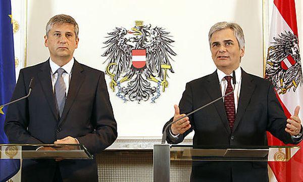 Spindelegger; Faymann / Bild: (c) APA/BUNDESHEER/ANDY WENZEL (Bundesheer/andy Wenzel)