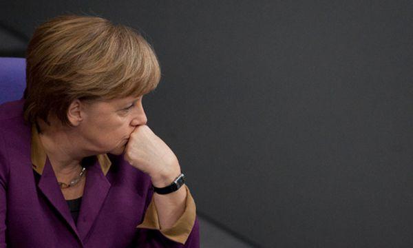 Deutscher Bundestag gibt Geld für Griechen frei / Bild: EPA