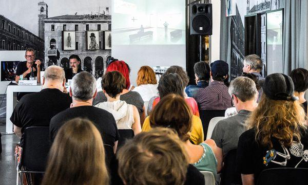 (c) Courtesy Galerie Ruzicska; Mira Turba Hochkarätig. Die Sommerakademie lädt zu Vorträgen und Stadtrundgängen.