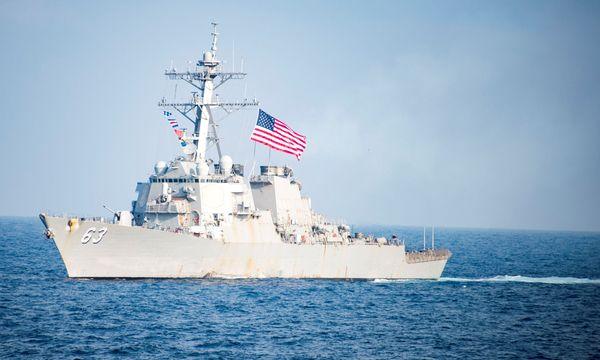 """""""USS Stethem""""  / Bild: REUTERS"""