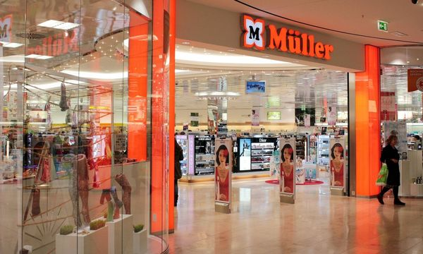 Dem Drogisten Müller droht eine Klage. / Bild: (c) imago/Ralph Peters (imago stock&people)