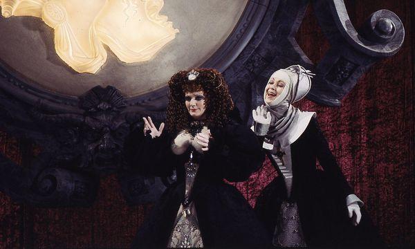 Rachel Yakar als Poppea und Janet Perry als Drusilla in Ponnelles Produktion. / Bild: Fidelio