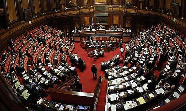 Sparpaket Italien / Bild: (c) REUTERS (Tony Gentile)