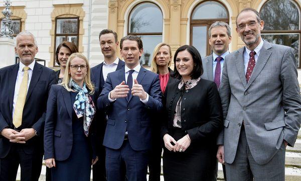 Das ÖVP-Regierungsteam.  / Bild: (c) APA/HERBERT-PFARRHOFER (HERBERT-PFARRHOFER)