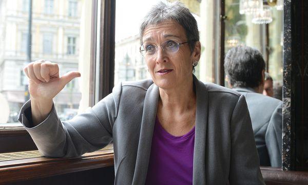 Ulrike Lunacek, Vizepräsidentin des Europäischen Parlaments und Delegationsleiterin der österreichischen Grünen / Bild: APA/HELMUT FOHRINGER