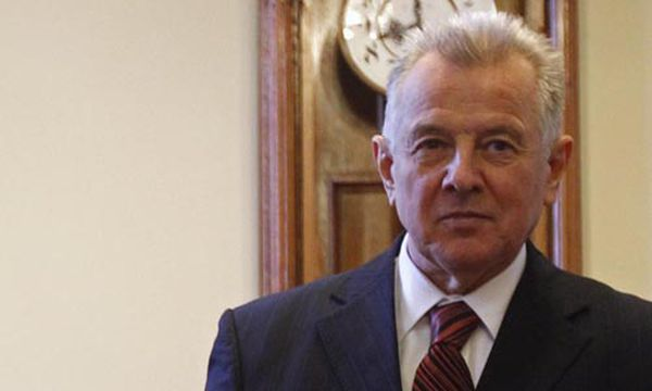 pal schmitt dissertation The second act of the drama ended around 7:00 pm today when it was announced that the senate of semmelweis university had revoked president pál schmitt.
