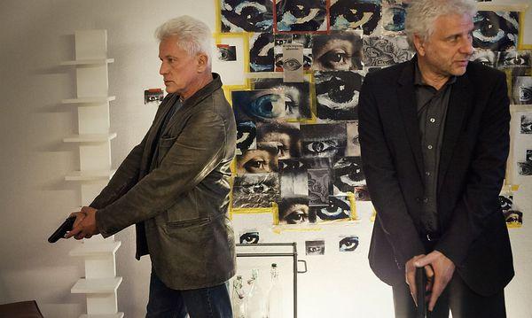 Die Münchner Kommissare Franz Leitmayr (Udo Wachtveitl) und Ivo Batic (Miroslav Nemec) suchen einen Mörder ohne Motiv. / Bild: (c) ORF (Hagen Keller)