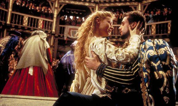 """Der Barde verliebt sich: """"Shakespeare in Love"""". / Bild: Universal Pictures"""
