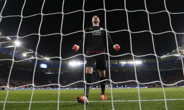 Die Heldengeschichte von Leicester City ist um ein Kapitel reicher, Hauptdarsteller dieses Mal: Goalie Kasper Schmeichel. / Bild: (c) REUTERS (Carl Recine)