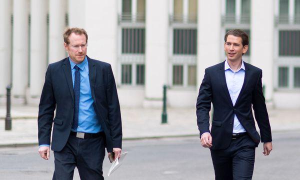 Spielte gewollt und ungewollt eine tragende Rolle in diesem Wahlkampf: Kurz-Sprecher Gerald Fleischmann (links). / Bild: Michael Gruber / EXPA / pictured