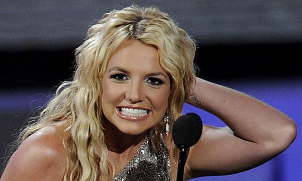 Britney Spears - celebforum - Bilder Videos Wallpaper