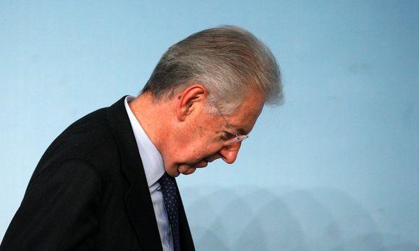 Italien: Mario Monti kündigt Rücktritt an  / Bild: AP (STEFANO RELLANDINI)