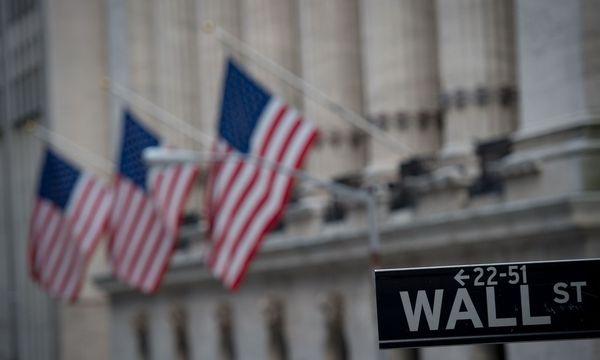 An der wall Street in New York werden zahlreiche Blue Chip gehandelt. / Bild: APA/AFP/BRYAN R. SMITH