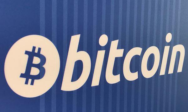 Deutsche und Franzosen wollen Bitcoin regulieren. / Bild: (c) REUTERS (Lucy Nicholson)