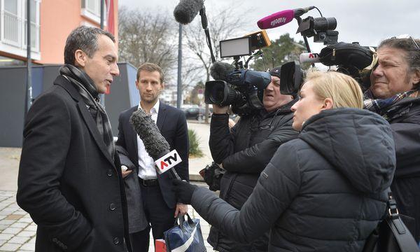 Noch-Kanzler Christian Kern traf sich mit dem erweiterten Präsidium der SPÖ zur Klausur.  / Bild: (c) APA/HERBERT PFARRHOFEROFER)