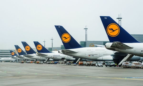 Themenbild: Flugzeuge der Lufthansa / Bild: (c) APA/Christophe Gateau