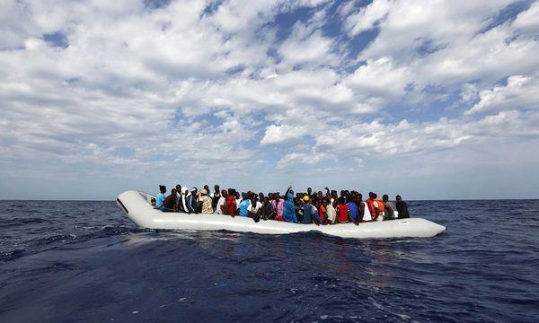 Flüchtlinge Mittelmeer / Bild: (c) APA/EPA/DARRIN ZAMMIT LUPI/MOAS.