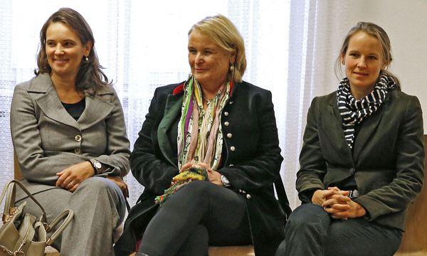Ulrike Haider-Quercia, Claudia Haider und Cornelia Mathis-Haider  / Bild: (c) APA (Gert Eggenberger)