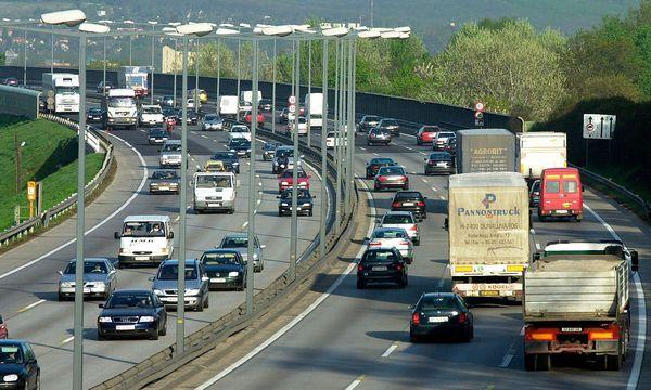 Die Südosttangente ist die am stärksten befahrene Straße in Wien. / Bild: (c) Fabry