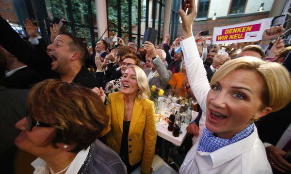 Jubel bei der FDP. Die deutschen Liberalen kehren in den Bundestag zurück. / Bild: (c) REUTERS