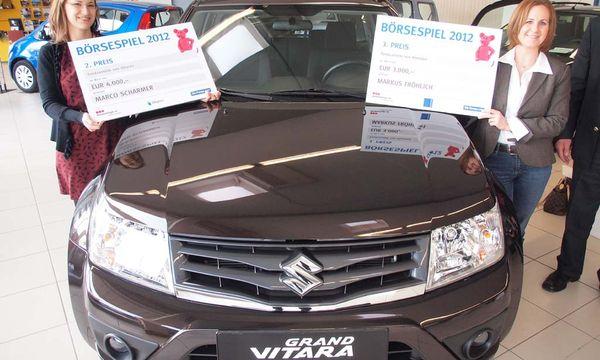 Börsespiel 2012: Der Gewinner erhält sein Auto / Bild: (c) DiePresse.com (Peter Huber)
