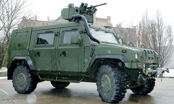 Archivbild: Ein Mehrzweckfahrzeug des Typs ''Husar'' / Bild: APA/BUNDESHEER/PENDL