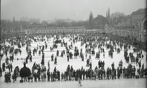 Eine lange Tradition Seit 1895 ist der Eislaufverein auf dem Heumarkt-Areal angesiedelt (Bild aus dem Jahr 1935) / Bild: (c) Österreichische Lichtbildstelle/ Picturedesk