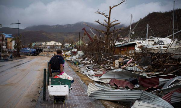 Nach dem Sturm. Eindrücke von der frankoholländischen Insel Saint-Martin/Sint Maarten. / Bild: (c) APA/AFP/MARTIN BUREAU