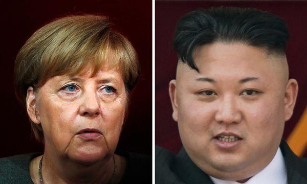 Deutschlands Bundeskanzlerin Angela Merkel ist angeblich bereit, sich in eine Initiative zur Beendigung der Krise um Nordkoreas Atomwaffen- und Raketenprogramm einzuschalten. / Bild: (c) APA/AFP/ODD ANDERSEN/ED JONES