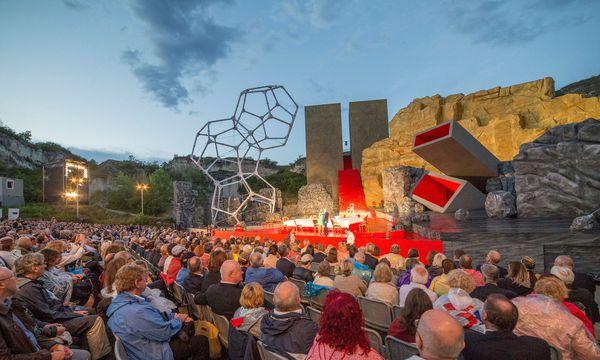 """Verdis """"Rigoletto"""" wird heuer in St. Margarethen gezeigt. Der geplante """"Troubadour"""" wird 2018 abgesagt. / Bild: Arenaria GmbH"""
